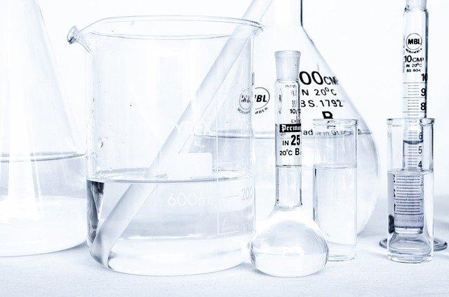 Хімічний посуд для роботи в лабораторіях і наукових центрах